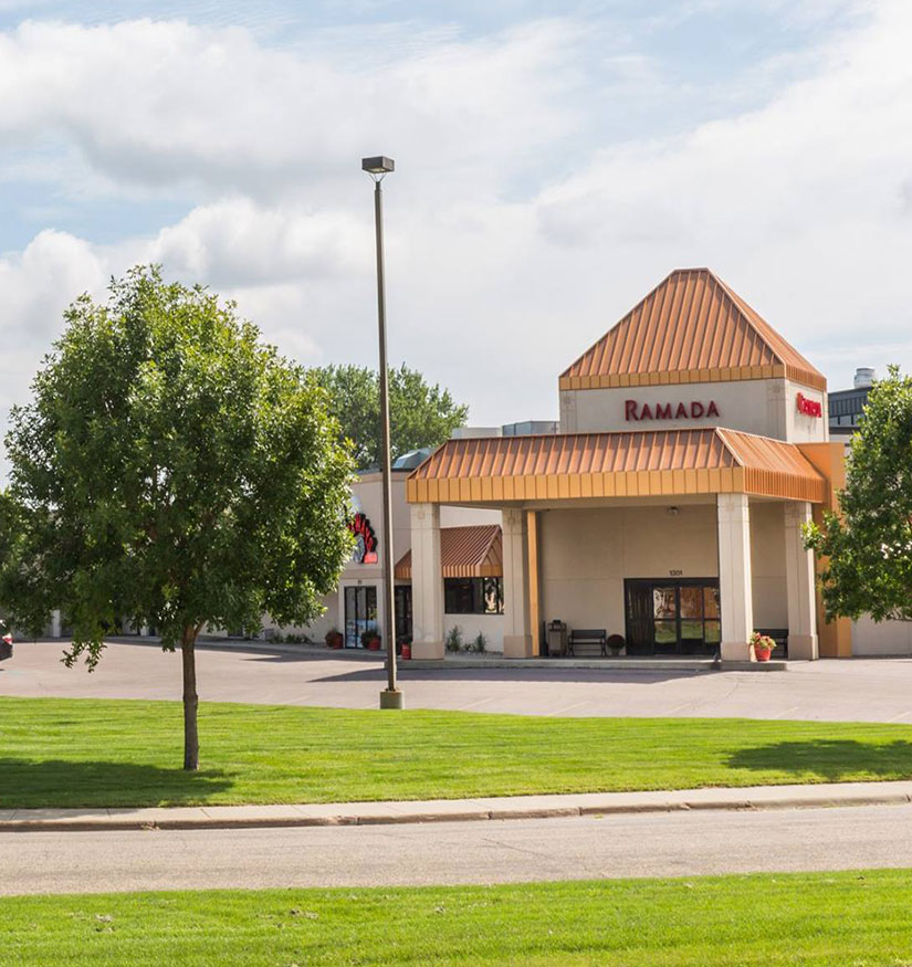Ramada by Wyndham Sioux Falls Airport & Suites